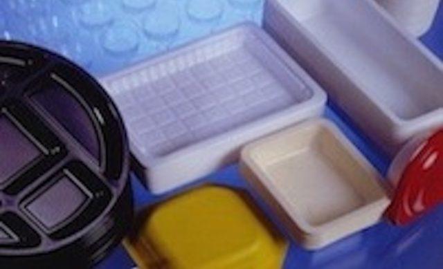 Plastic Trays & Clamshells
